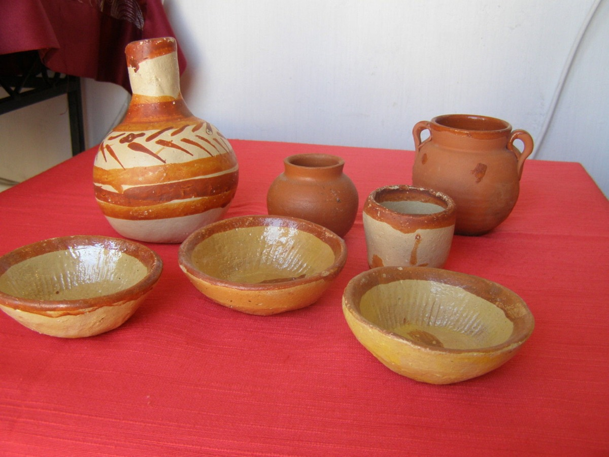 Mexican Folk Art Pottery Lot of 7 Marvelous Small Items