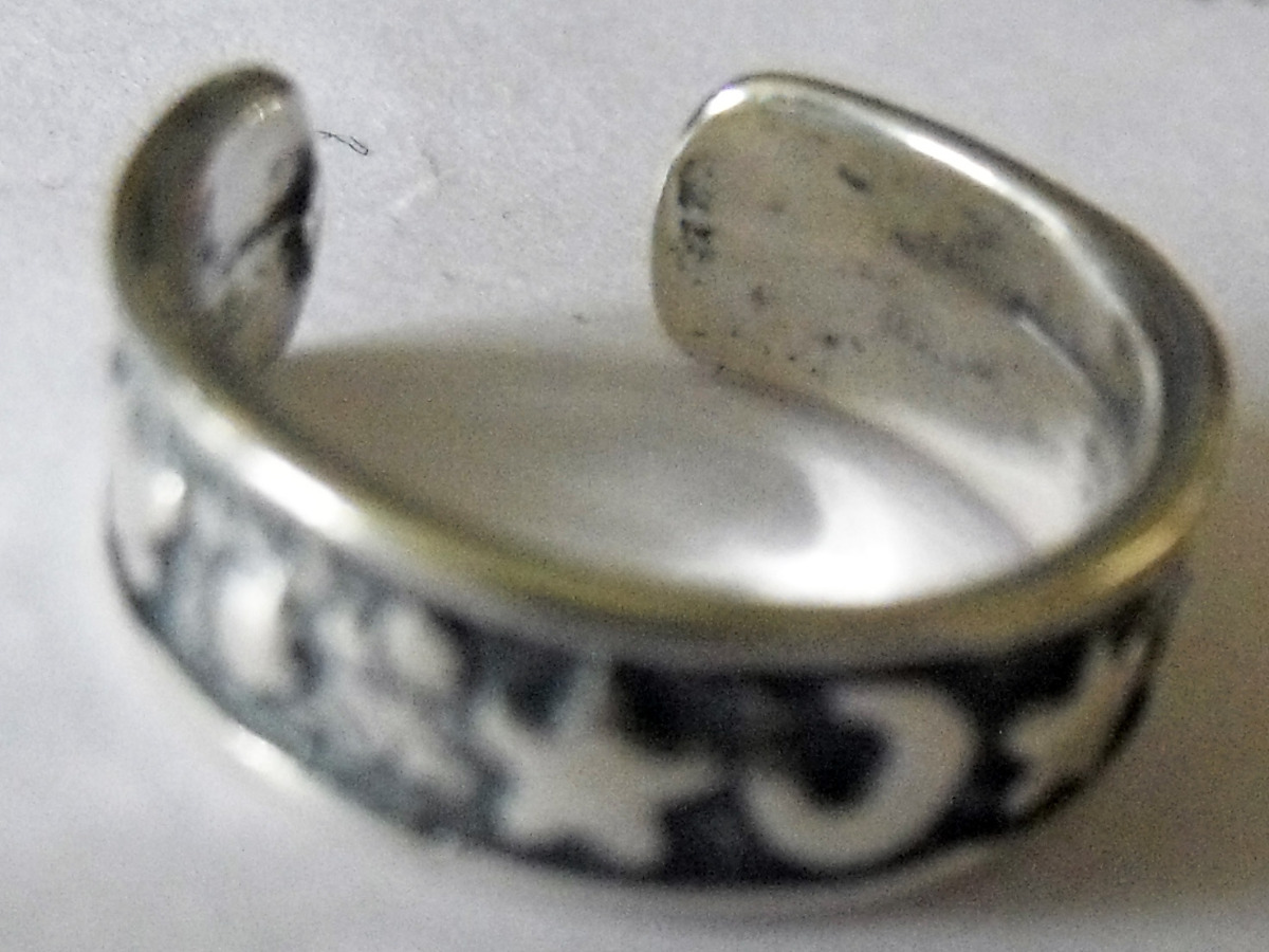 STERLING ANTIQUED MOON & STARS TOE RING